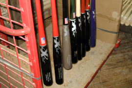 Selecting a Softball Bat